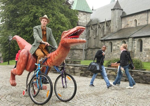 This Guy's DIY Dino Bike Is Raptor-rific