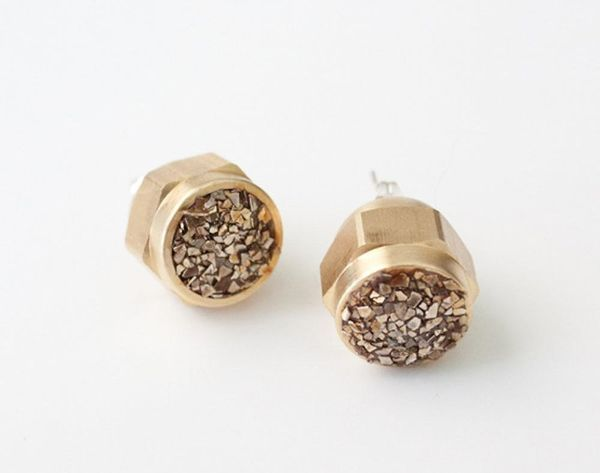 25 Stylish Stud Earrings to DIY