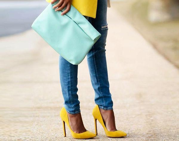 20 Stylish Ways to Wear Basic Jeans