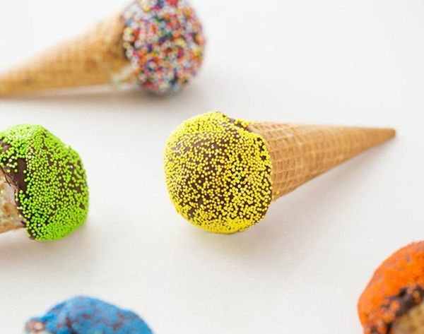 Wait… Color-Changing Ice Cream Exists?!