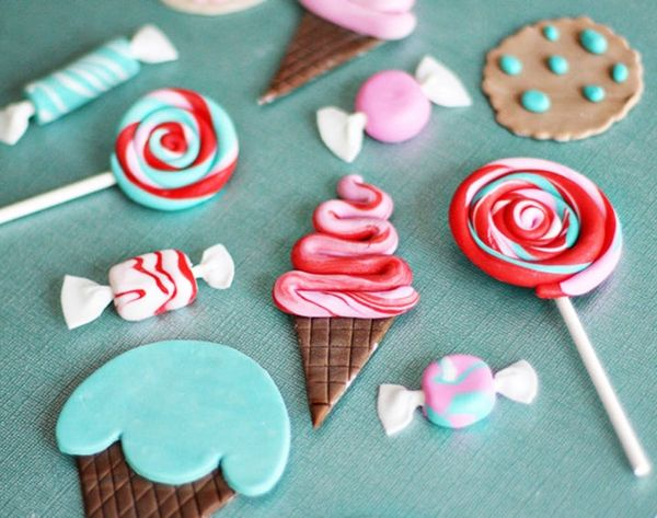 11 Fondant Toppers as Sweet as Summer
