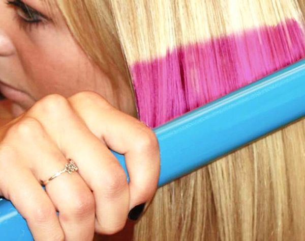 This Flat Iron Colors Your Hair Without Using Dye