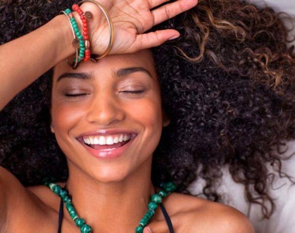 16 Ways to Fight Frizzy Hair