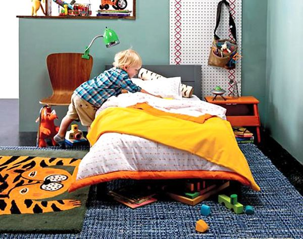 20 Colorful Rugs for Kids Rooms