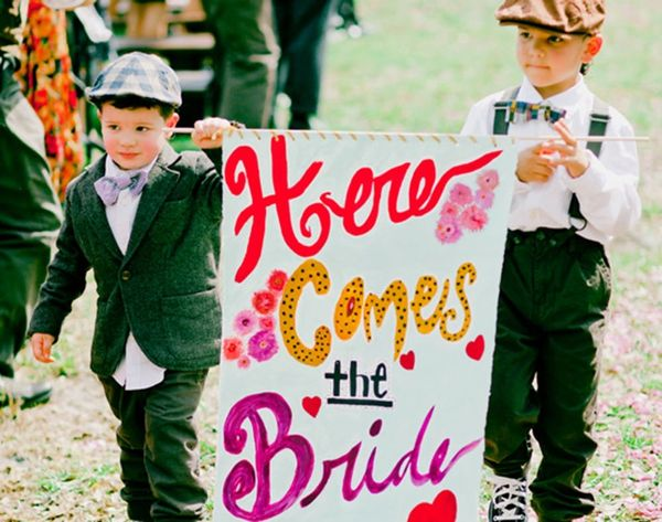 Here Comes the Bride! 17 Signs to Announce Your Arrival