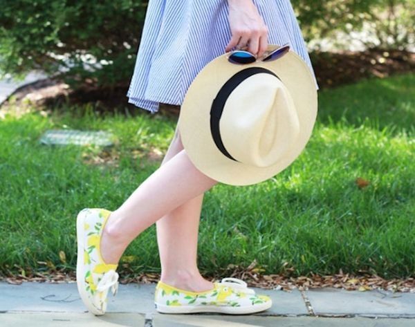 13 Ways to Style Flat Sneakers