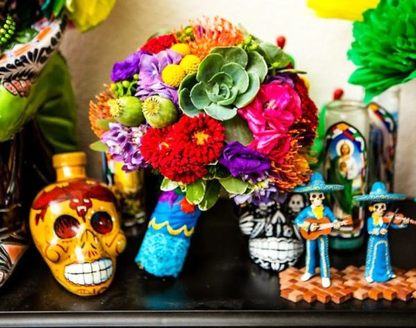16 Beautiful Bridal Bouquet Wraps to Buy + DIY