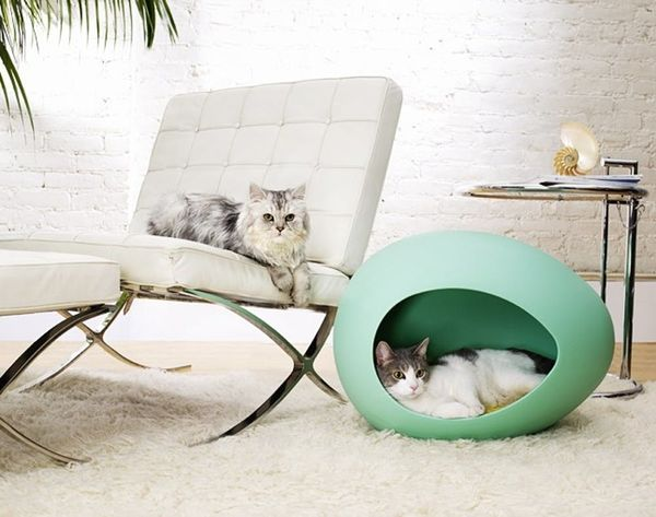 Bow-WOW! 20 Modern Pet Beds for Your Furry Friends