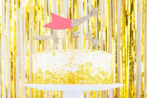 Epic Gold Cake Alert! Presenting Our Gold Confetti Champagne Cake