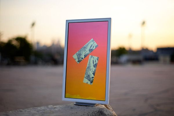 Electric Objects Lets You Display Digital Art in Analog Ways