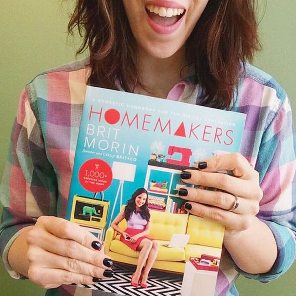 Homemakers, Show Us What You're Reading!