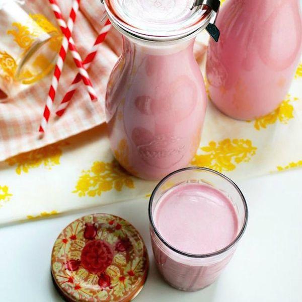 14 Alternative Milk Recipes to Make at Home Today