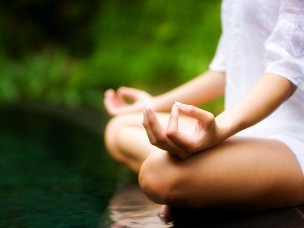 6 Benefits of Meditation (+ 3 Ways to Do It)