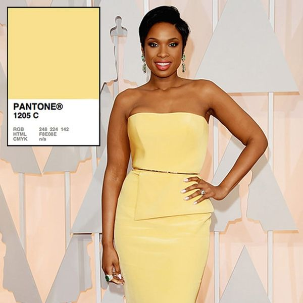 14 Pantone-Approved Red Carpet Dresses