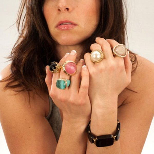 Stay Connected With This New Smart Jewelry Line
