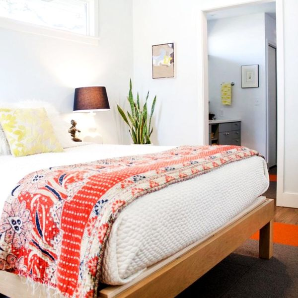 10 Last-Minute Tips for Prepping Your Guest Room