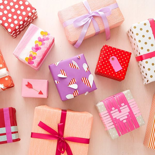 3 Tricks to Up Your V-Day Gift Wrap Game