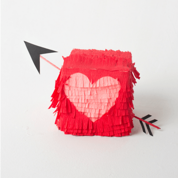 Win V-Day With 15 DIY Valentine Gift Boxes