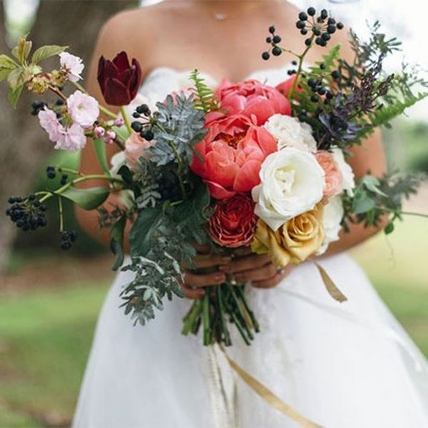 7 Must-Use Flowers for Spring Weddings