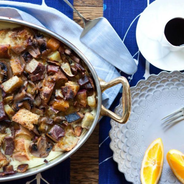 18 One-Pan Breakfast Recipes That Will Send You to the Strata-sphere