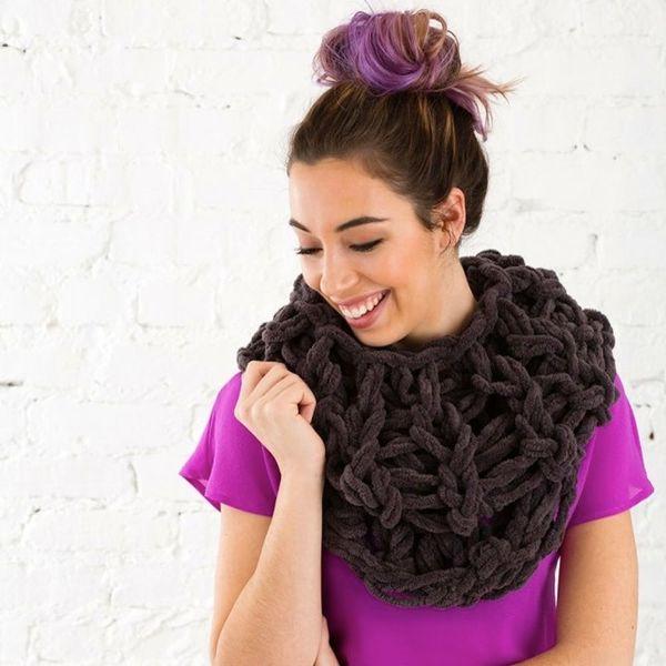 24 Cozy DIYs That Will Make Winter Way Better