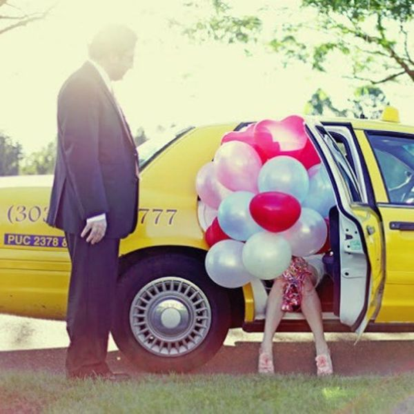 13 Creative First Look Ideas for Your Wedding