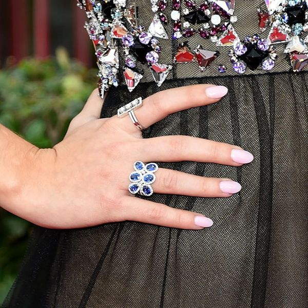 How to Copy the 11 Best Red Carpet Manicures (So Far)