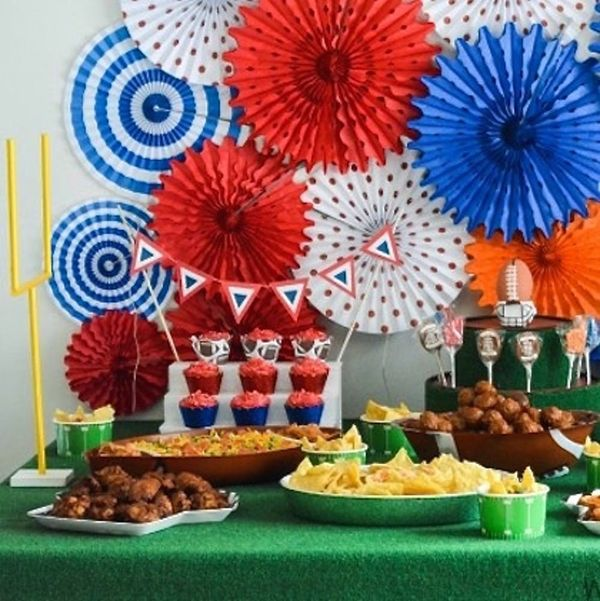 11 Game-Winning Super Bowl Party Decorations