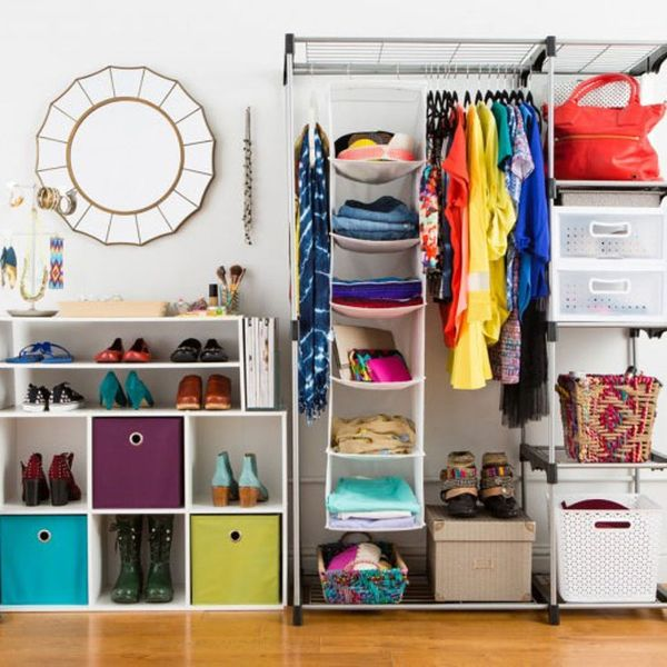 10 Essential Tips for Detoxing Your Closet