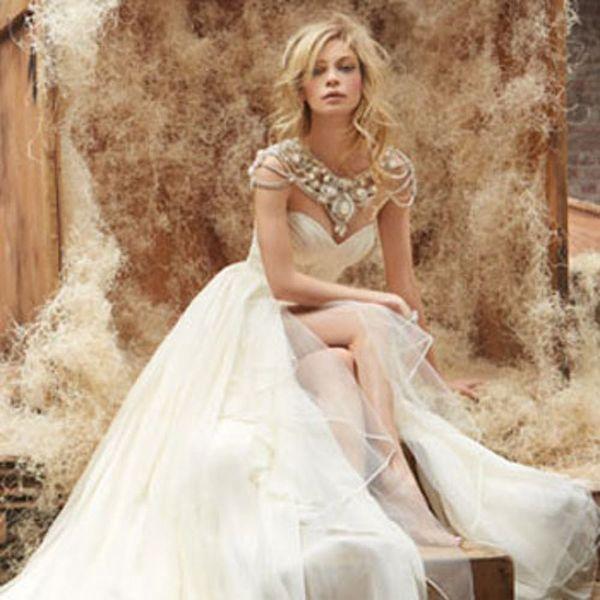 Future Brides: This Wedding Dress Designer Has Some Advice for You