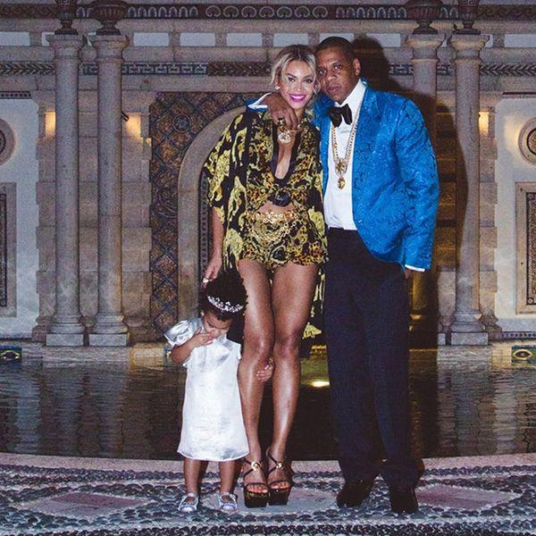 Umm, Is Beyoncé Telling Us She's Pregnant?!