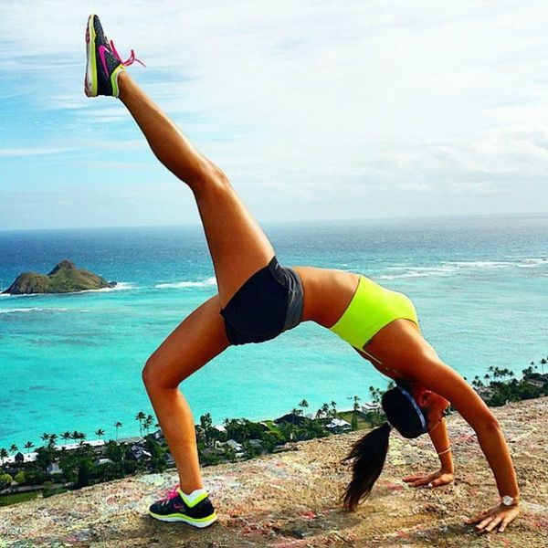 13 Pro Athletes to Follow on Instagram for Fitspiration