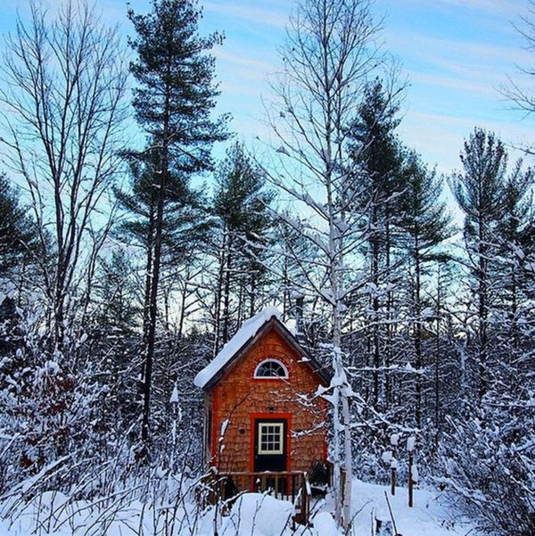 12 Cozy Cabins You Can Rent Right Now