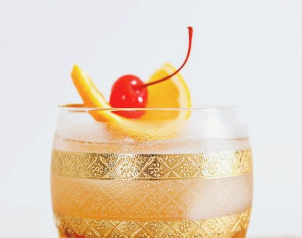 20 Holiday Cocktail Recipes to Make Spirits Merry and Bright