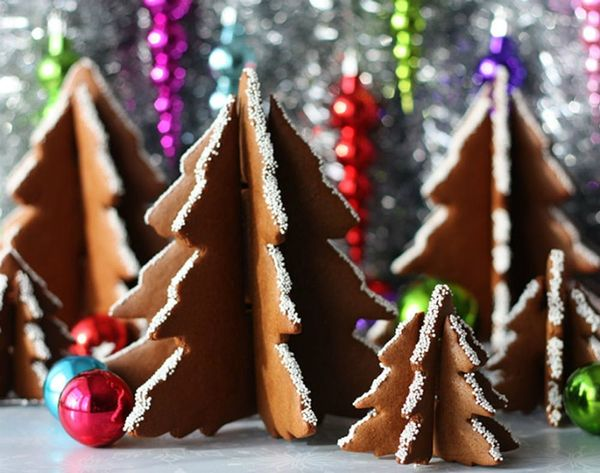 16 3D Christmas Tree Desserts to Make
