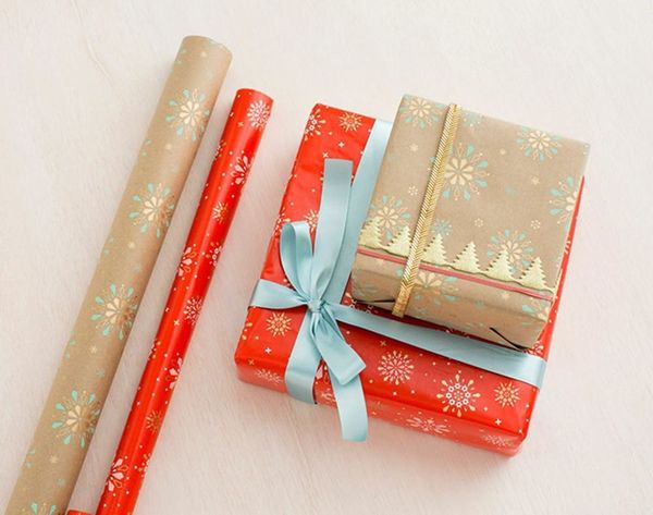 This App Wraps AND Delivers Your Gifts for You