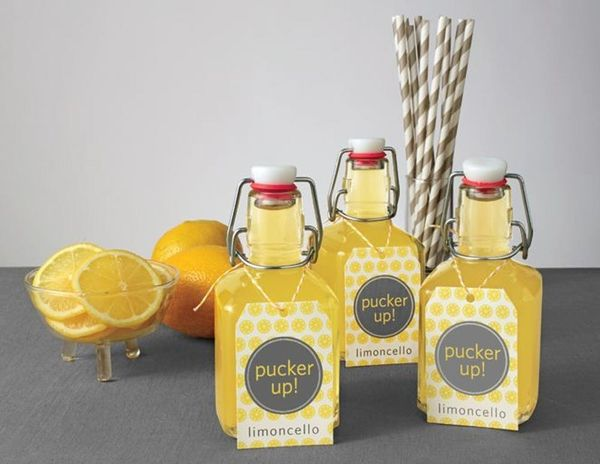 18 Edible Holiday Gifts With Printable Labels to Match