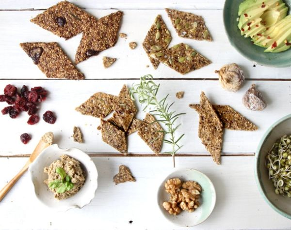 10 Homemade Crackers to Serve at Your Next Shindig