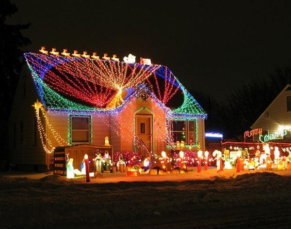 Crazy Christmas Lights: 15 Extremely Over-the-Top Outdoor Displays