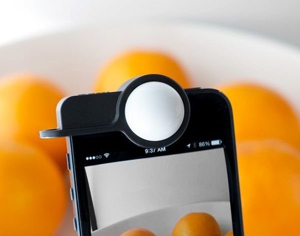 iPhoneography: Luxi Lets You Take Pro Photos With Your iPhone