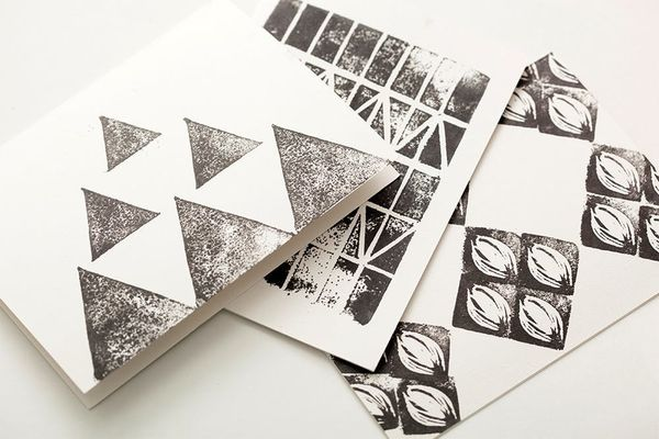 How to Make DIY Stamps For Holiday Gift Wrap