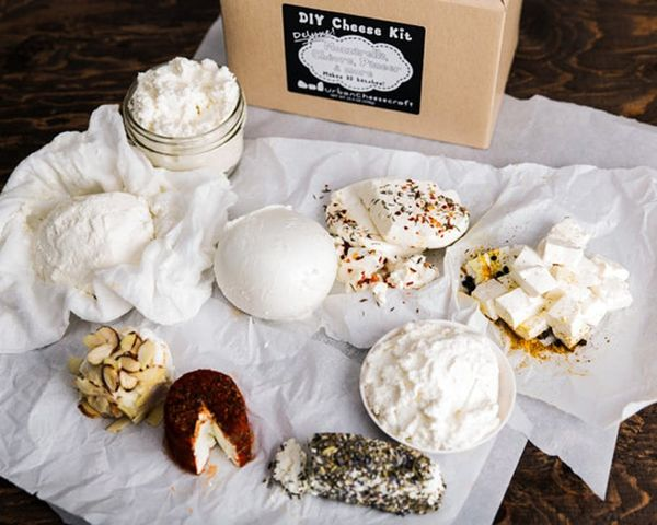 10 Great Gifts for Cheese Lovers
