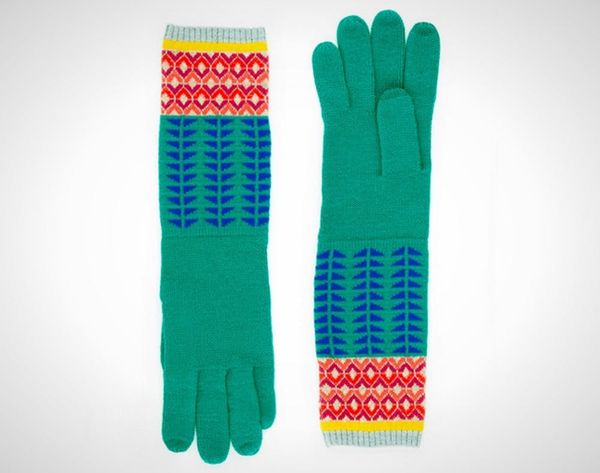 15 Touchscreen Gloves You'll Actually Want to Wear