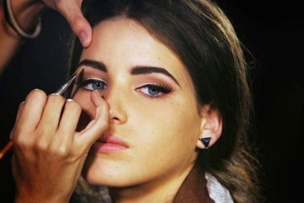 10 Ways to Beautify Your Brows