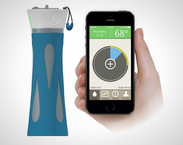 Beat Dehydration with This Smart Water Bottle
