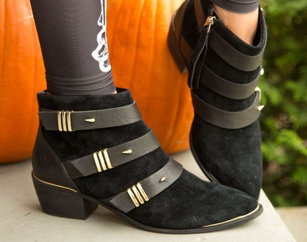 """""""Hallow"""" Beautiful! A Halloween Happy Hour Look Fit for Day or Night"""