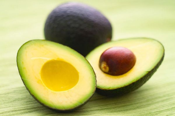 11 Super Foods for Your Skin and Brain