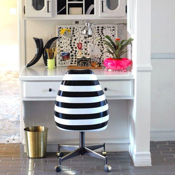21 Super Chic Black & White DIYs