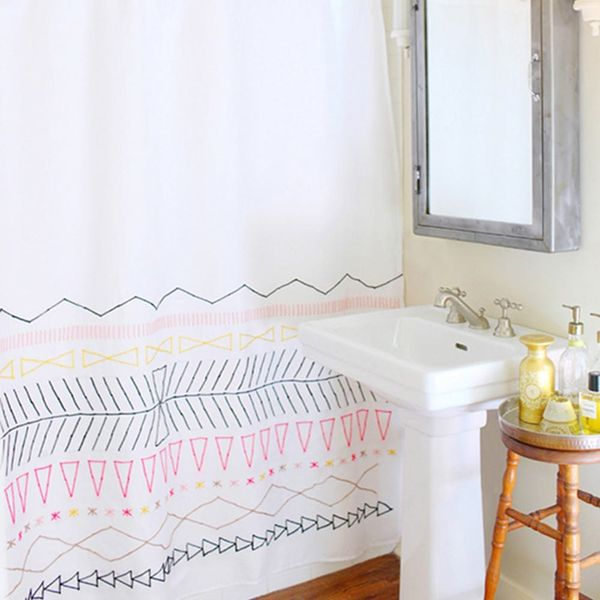 Curtain Call! 12 Smart Styles for Your Shower