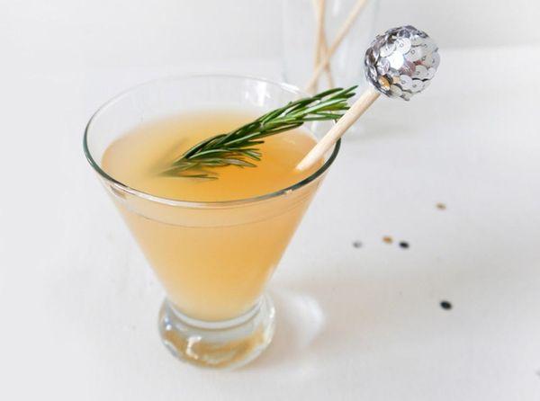 Go Stir-Crazy with 35 Buy + DIY Cocktail Stirrers